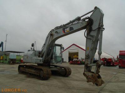 Excavator pe senile Caterpillar 319D