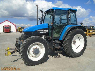 New Holland TS110 traktor